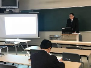 社会学部教員研究発表大会を開催しました