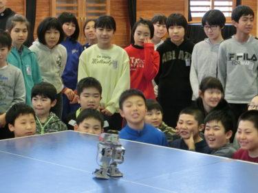 ジュニア夢カレッジⅡ~「ロボットのはなし」―子ども達に夢と感動を与える―