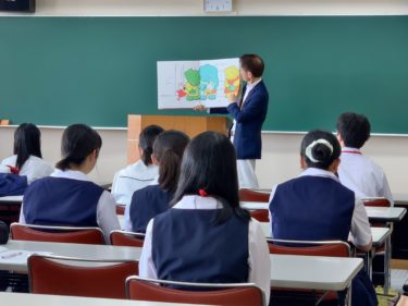 高校生のための読み聞かせボランティア講座が実施されました