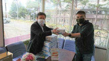 青森山田学園は青森大学大学院卒業生である王思慧さんから寄贈いただいたマスクを幸畑地区、東京都内の日本語学校へ計3,500枚送りました。