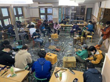 「長野修平の森の楽しみ〜焚き火料理&森のクラフト講座」が開催されました。